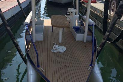 Mise à l'eau du seaZen au milieu des yachts de luxe à Beaulieu sur Mer