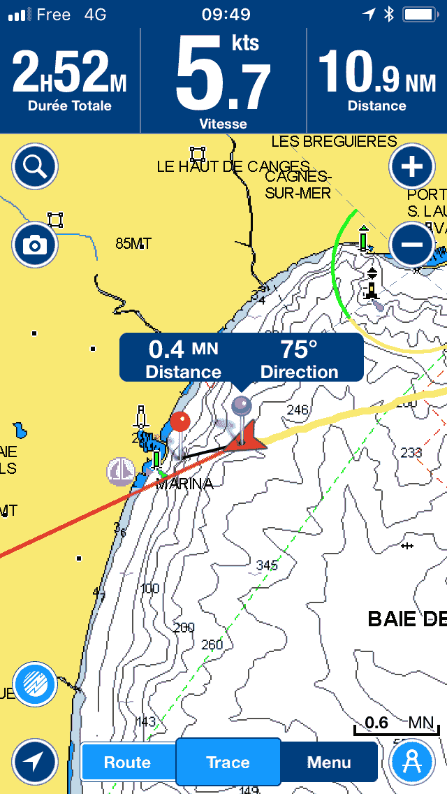 SeaZen flirte avec les 6 noeuds danSeaZen flirts with the 6 knots in the Var Estuarys l'estuaire du Var
